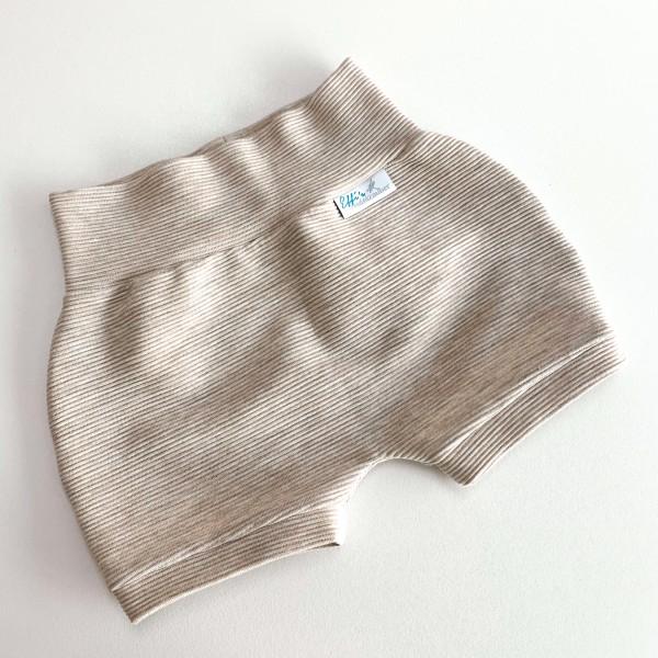 Beispiel Kurze Shorts